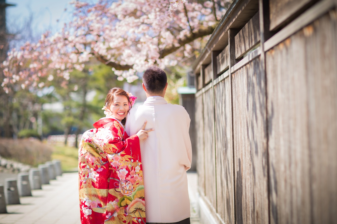 新郎新婦様必見!春しか撮れない!爽やかな桜のロケーションフォトが素敵すぎる♡