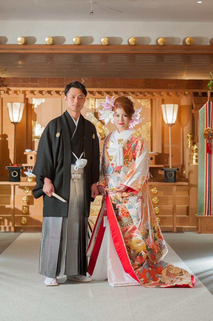 和婚 花嫁 和装 紋服 オシャレ かわいい 色打掛