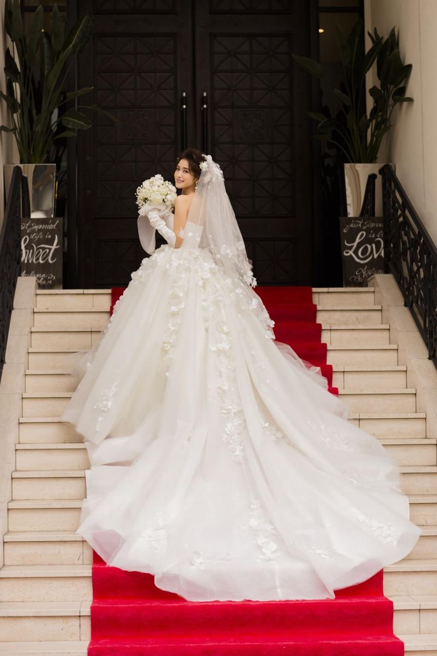 ウェディングドレス ハニー ビアンベール本店