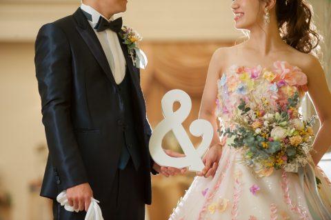 \イエベさん集合♡/ドレスの色に悩んだら、パーソナルカラーがおすすめ◎ イエローべースに似合う色まとめ