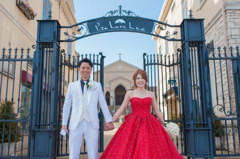 【インスタ映え決定!!】 まるで魔法にかけられたみたい♡ キラキラのグリッタードレスで最高に可愛い花嫁さまに変身!