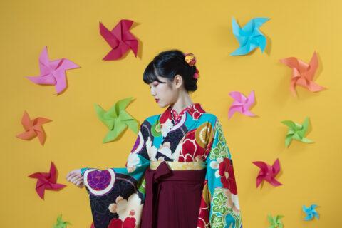 卒業式の写真映え♡衣裳選びのプロが教える、運命の袴に出会うコツ!