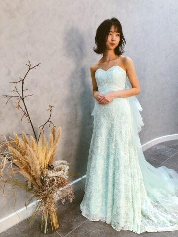 結婚式 ドレス スレンダーライン カラードレス ヘアーアレンジ ナチュラル