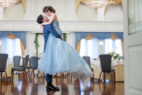 カラードレス 結婚式場 ロマンチック