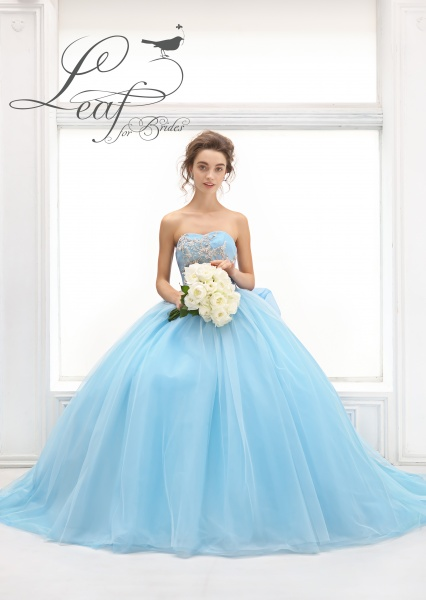 【Leaf for Brides】新作ドレス入荷♪
