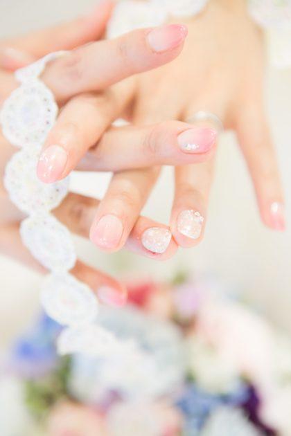 おしゃれは指先から♡先輩花嫁のブライダルネイルをご紹介します!