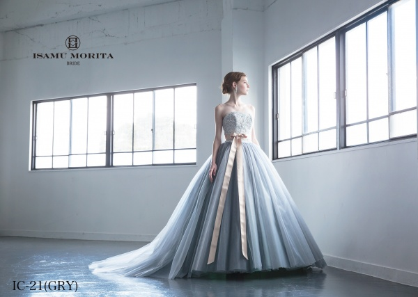 大人な魅力たっぷりな新作ドレス【ISAMU MORITA BRIDE  ~イサム モリタ ブライド ~】