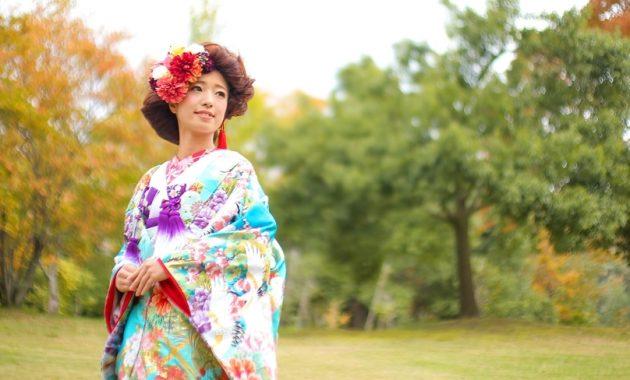 【花嫁和装】個性的でインパクト大なモダンなまとめ髪スタイル