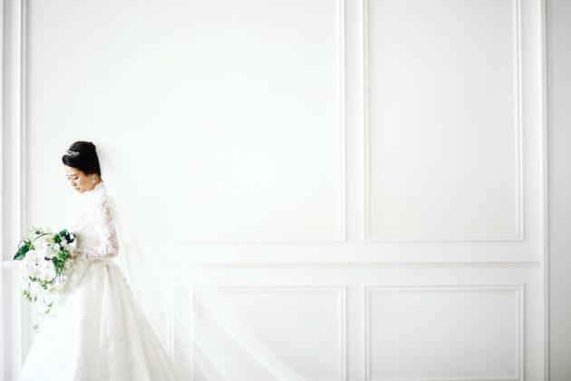 【結婚式は優雅に♡】まわりと差がつく!エレガントドレスのご紹介