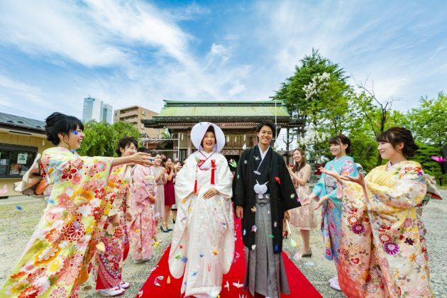 【ご両親の衣裳】 早めのご試着で結婚式のご準備を!