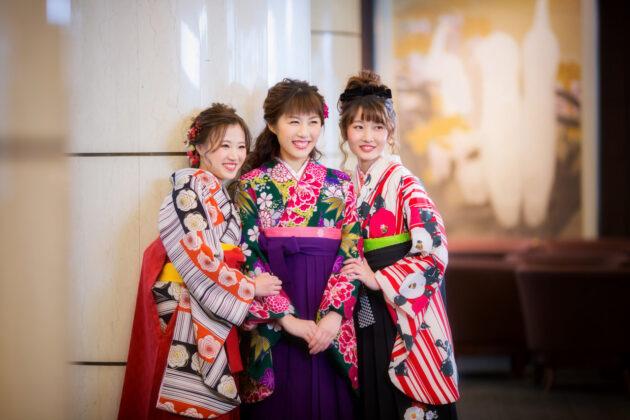 【袴の選び方】卒業式をオシャレにコーディネイト