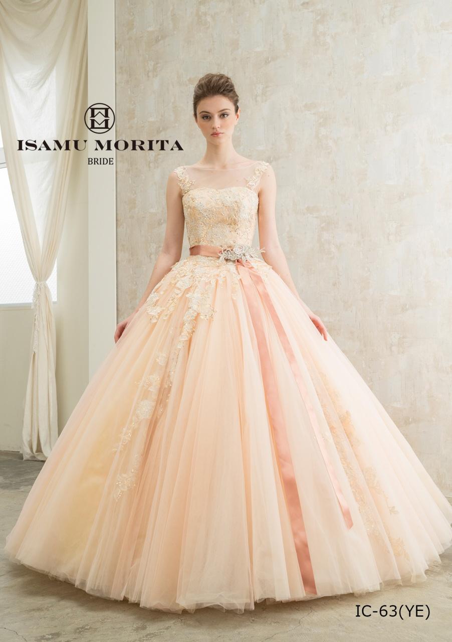 プレ花嫁でも大人気「イサムモリタ」の新作ドレスが入荷します。