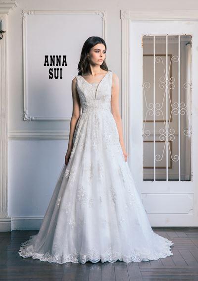 アメリカ発☆人気ブランド☆刺繍が美しいアナスイウェディングドレス