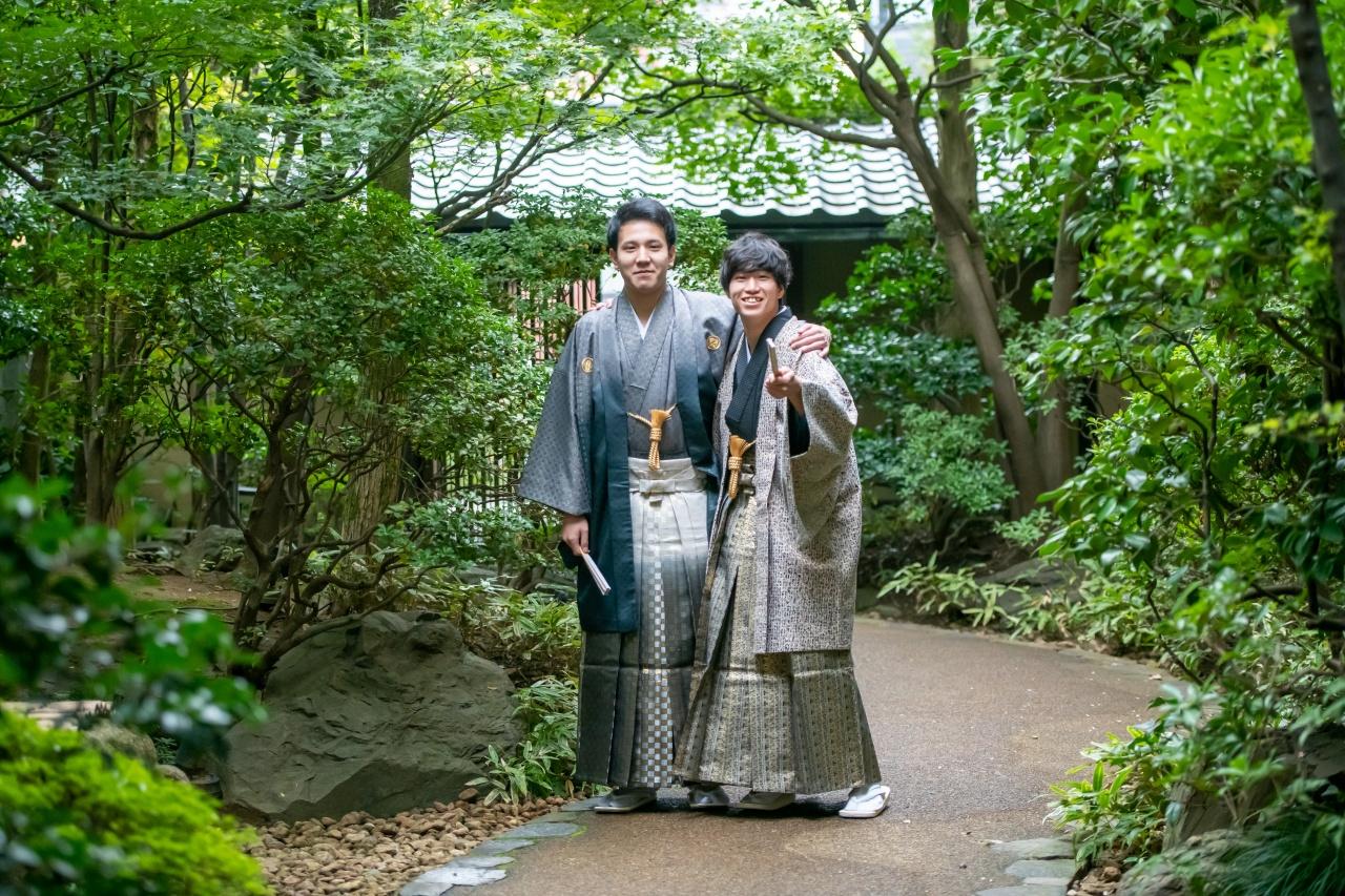 成人式は男性も主役!成人紋服もバリエーション豊富にご用意しております 新潟での成人式衣裳選びはビアンベールへ♪