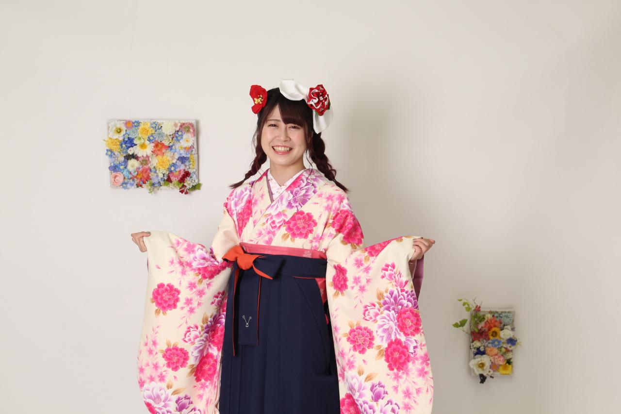 卒業式衣裳もオシャレ袴姿で♡