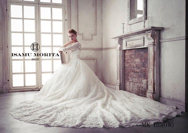 清楚な花嫁様にキュン❤ISAMU MORITAのお袖付きドレスをご紹介❤