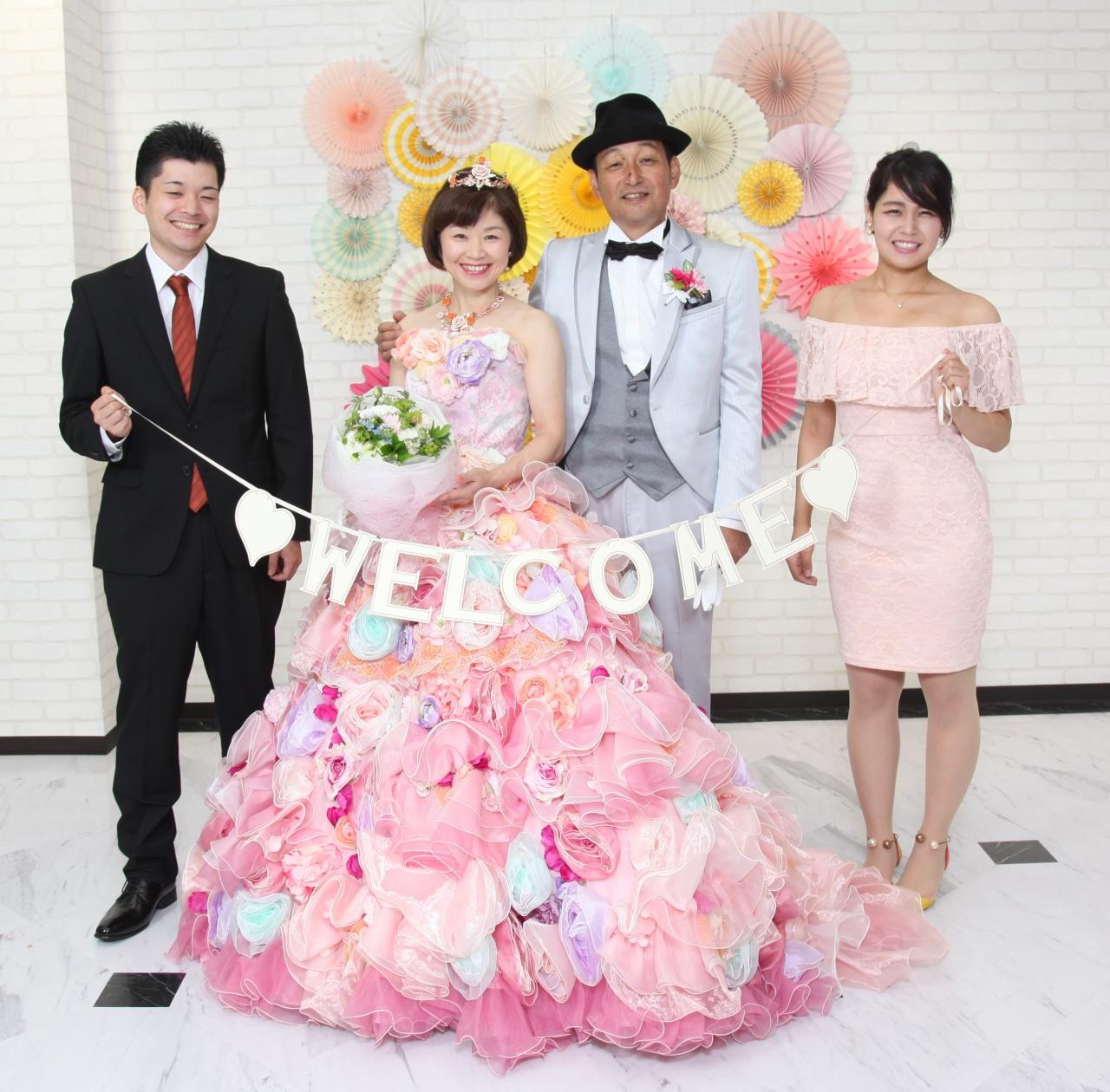 ファミリーフォトウエディング~節目の銀婚式や金婚式は花嫁衣裳を着て記念写真を残しませんか