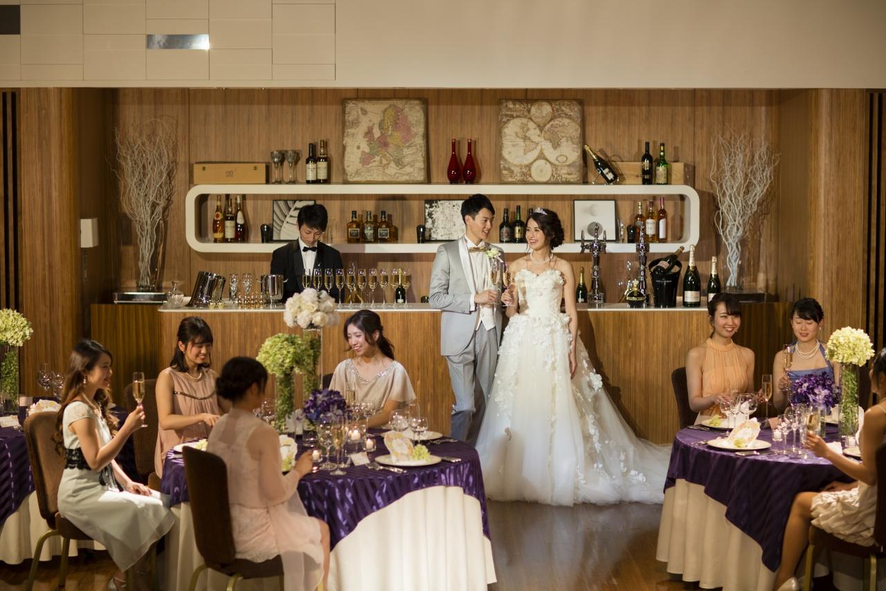 結婚式だけじゃなくて二次会でもお気に入りのドレスが着たい!そんな花嫁さまのご希望を叶えます!