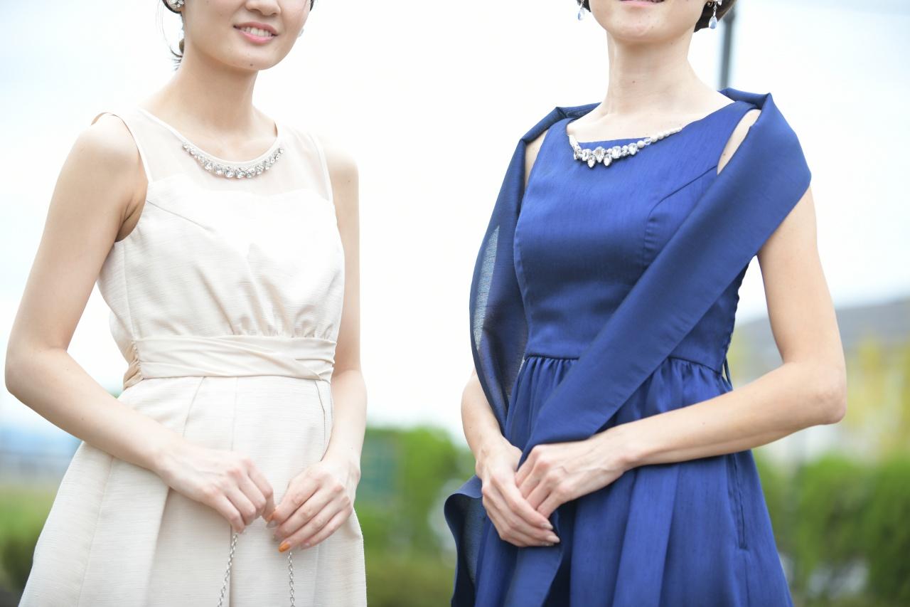 新発田市は3月が成人式!二次会はパーティードレスで華やかに♪卒業式の謝恩会でもご利用いただけます
