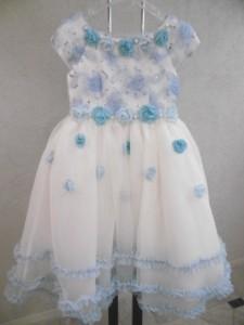 およばれのお子さま衣裳、新しいドレスとタキシードが入荷!