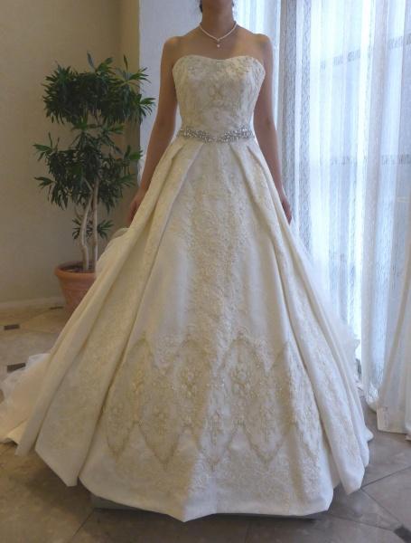 ビンテージ感 エレガントドレス ウェディング オフホワイト