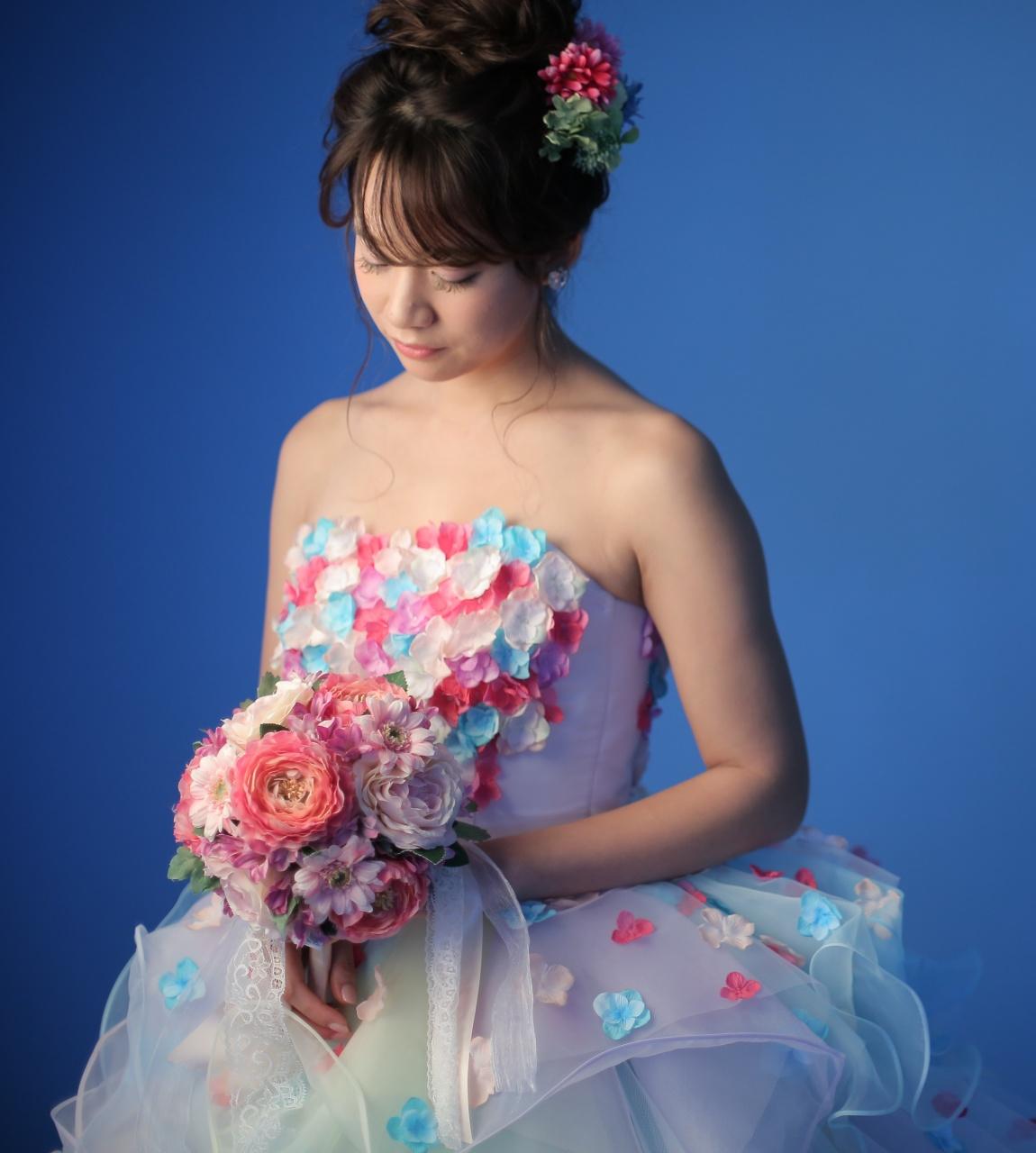 ラウンドブーケ カラードレス ウェディングドレス かわいい 丸い 花 キュート ラウンド