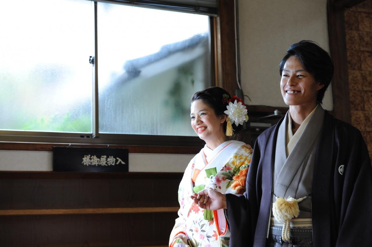 家族が揃う日に撮りたい花嫁姿♪地元を感じる和装ショット
