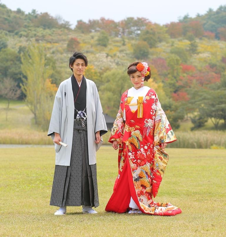 白黒 紋服 新郎衣裳 赤 打掛 花嫁和装