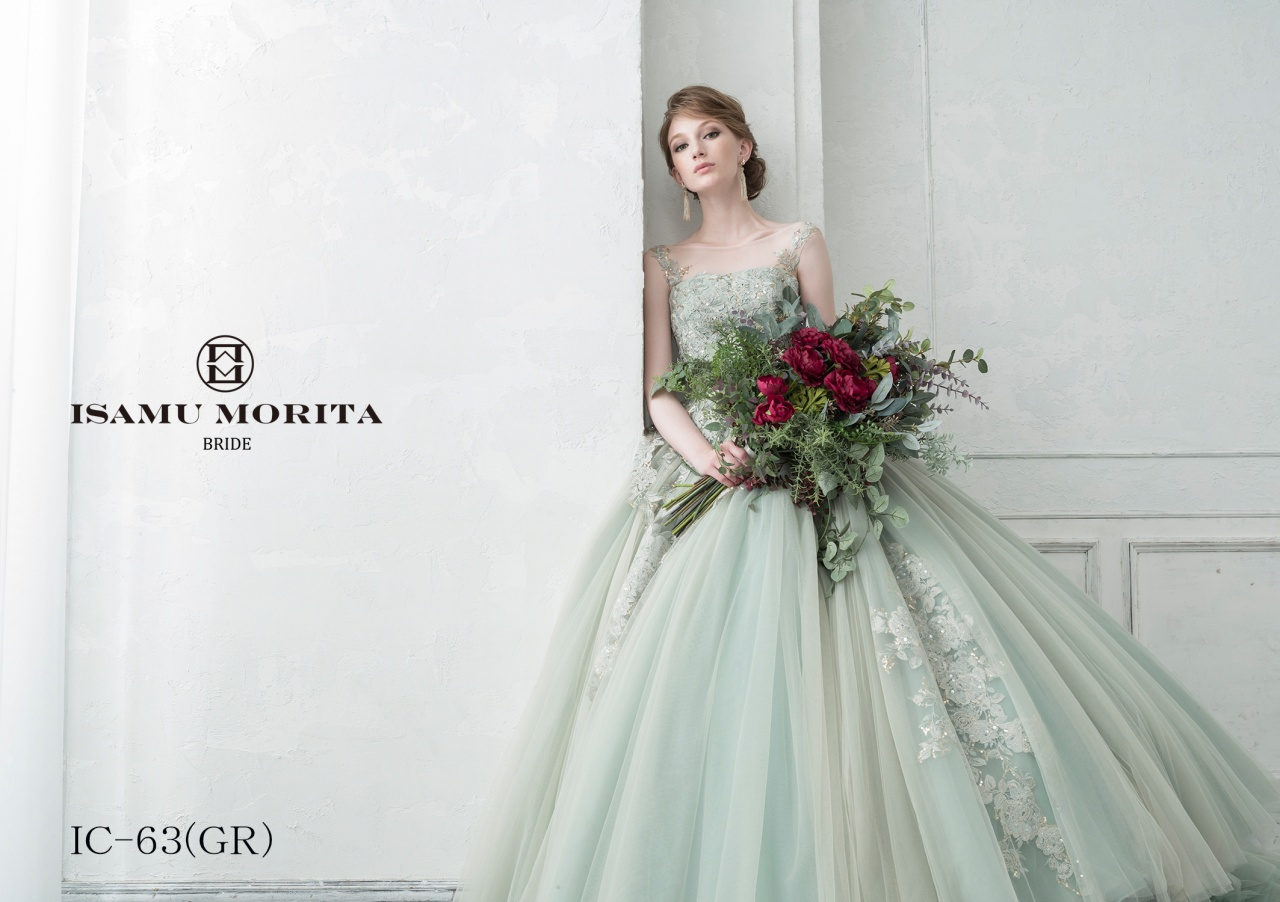 NEW♡ イサムモリタブライドからエレガントなグリーンドレスが登場