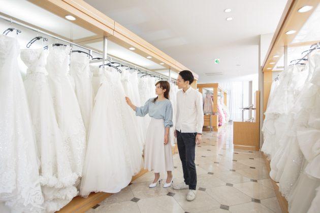 ドレス選び 鶴岡市 レンタル衣裳 ブライダル衣裳 ウェディングドレス カラードレス タキシード