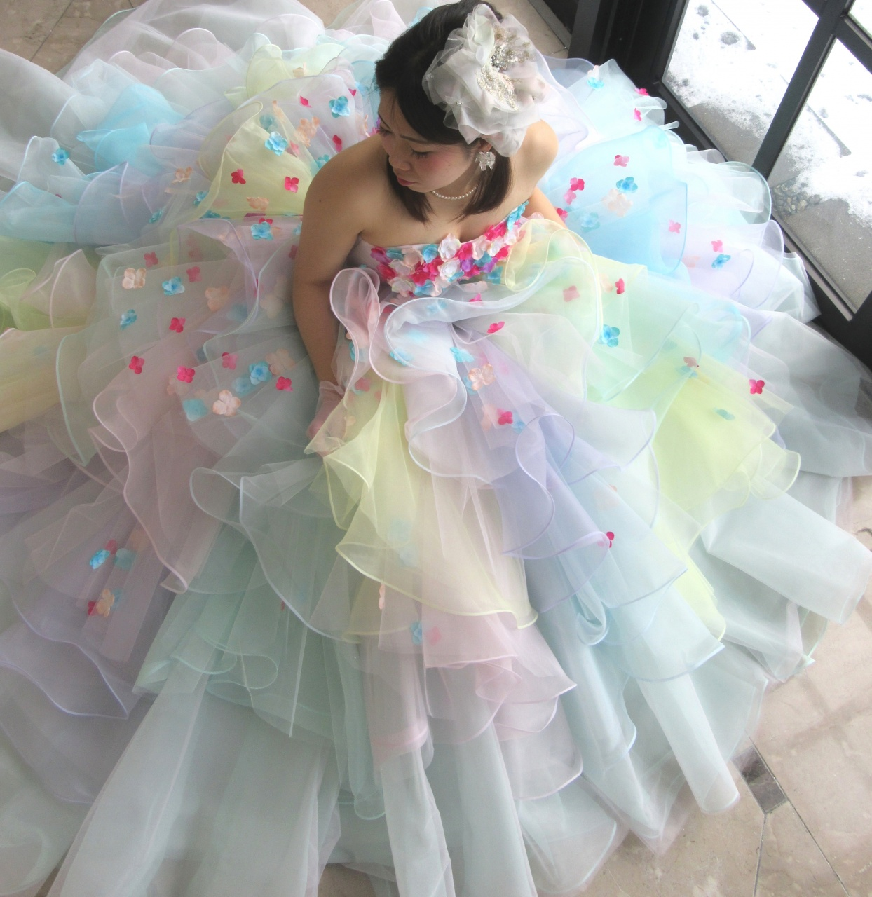 ふわふわキュート たっぷりボリュームドレス  ふわふわ クシュクシュ 幸せ感 ドレス ミックスカラー