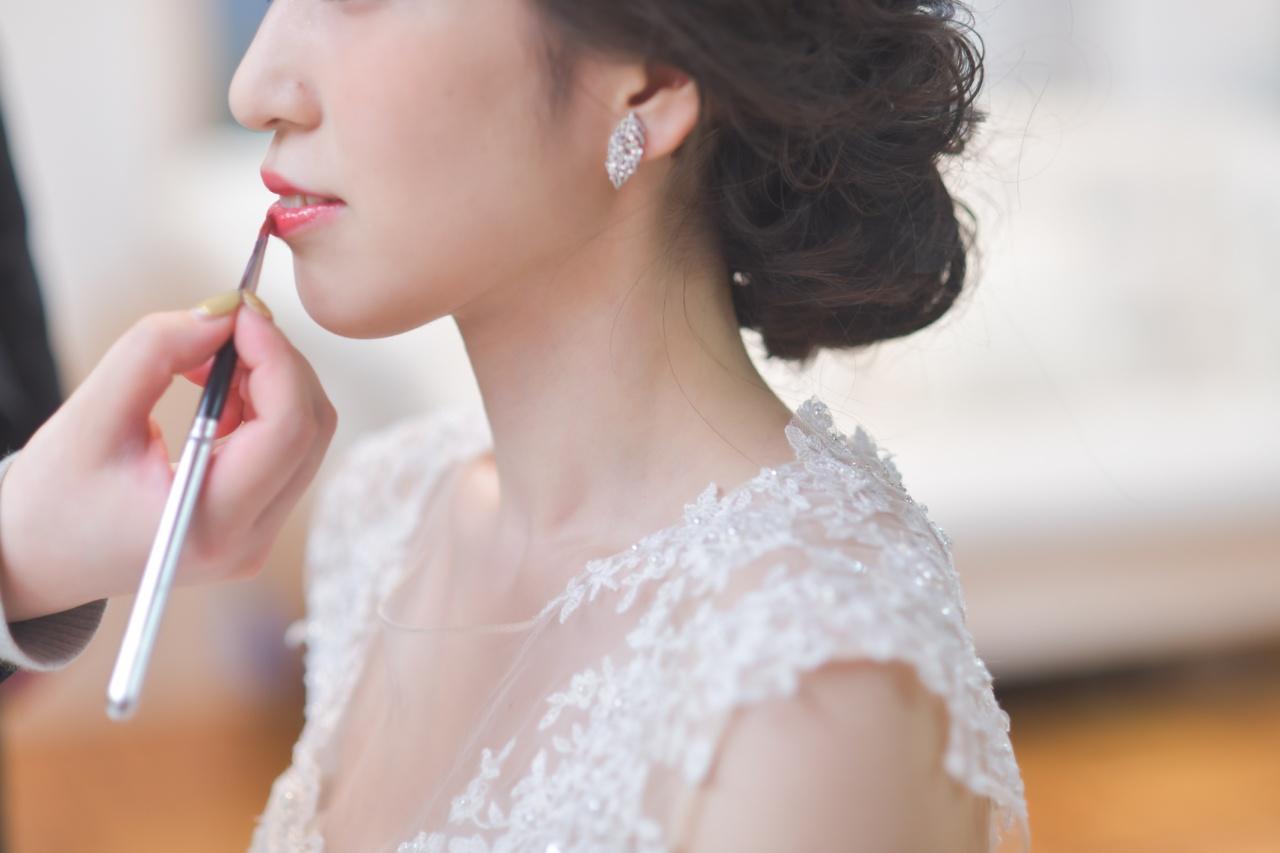 今話題のソロウェディング。ドレスを着るのに結婚してるしてないは関係ないんです!